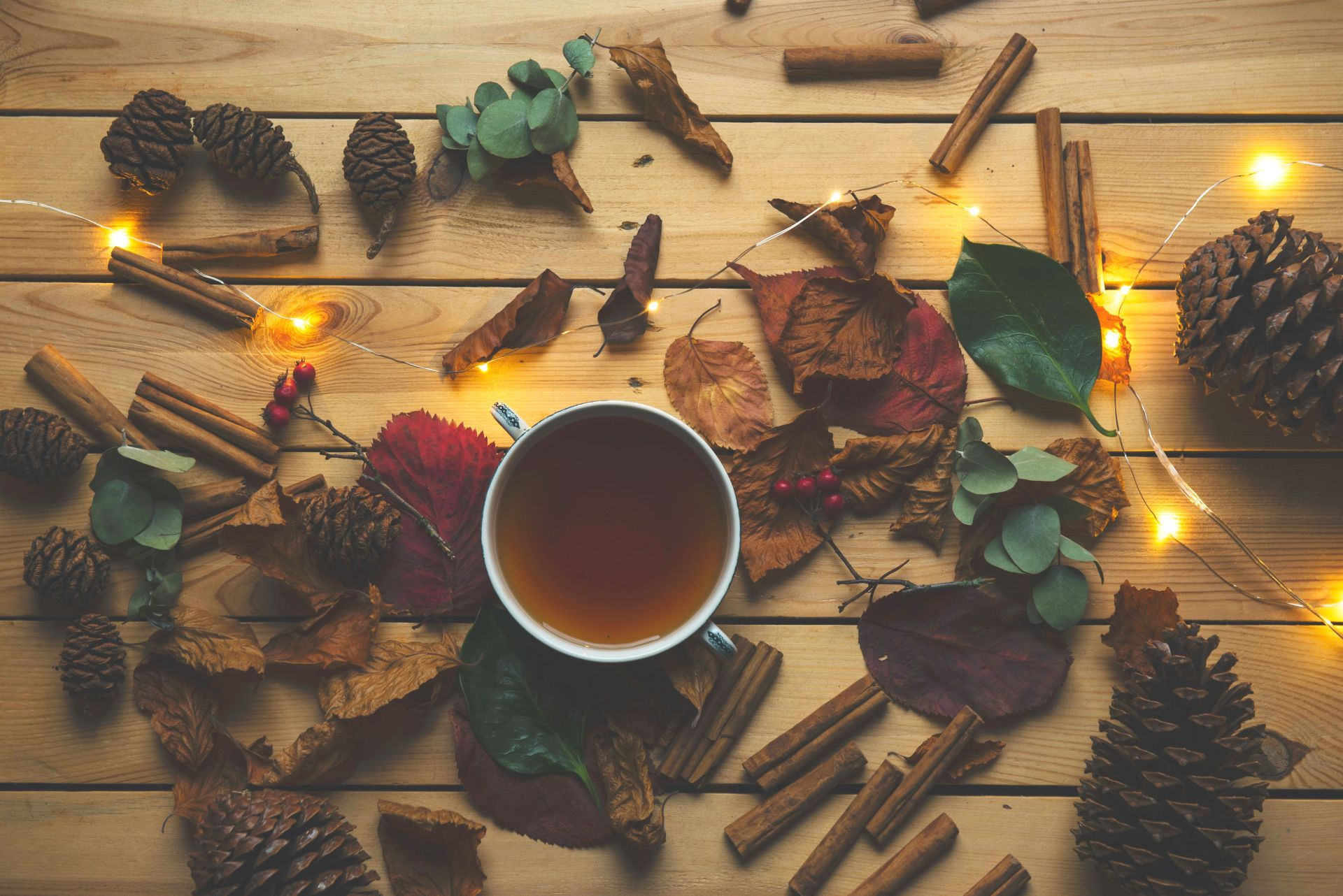 Hygge im Herbst: Naturmaterialien & Holz